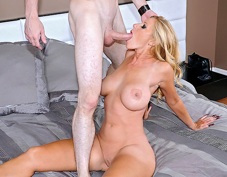 Big Tits Milf Gets That Hot Pussy Fucked Before Getting Cum On